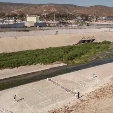 BJÖRN BORG PLAYS A GAME OF TENNIS ACROSS THE U.S. - MEXICO BORDER